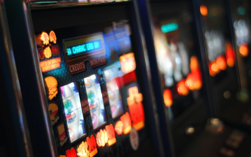 win at slot machine