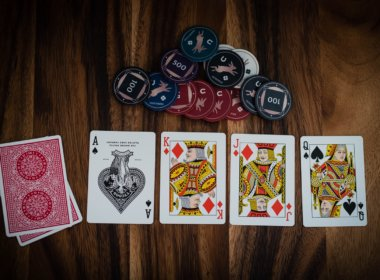 gambling-cards-on-table